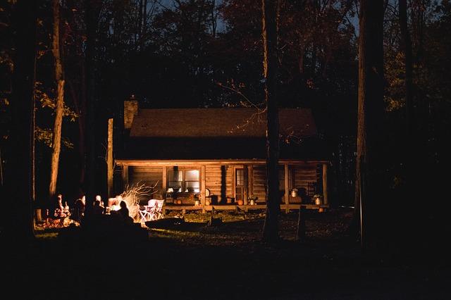 Choisir une chaîne de camping ou un camping indépendant